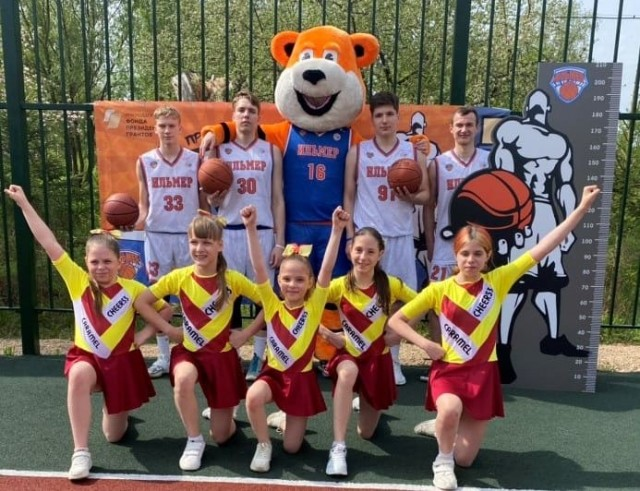 «День Баскетбола» на новой универсальной игровой площадке   в п. Пролетарий